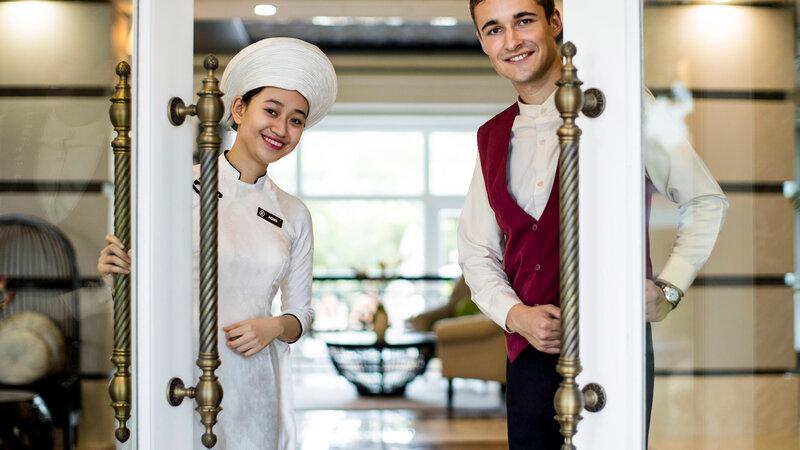 Vietnam-Hoi-An-Royal-Hoi-An-MGallery-Hotel-welkom-ingang
