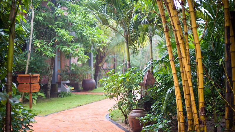 Vietnam-Hue-Pelgrimage-Village-tuin