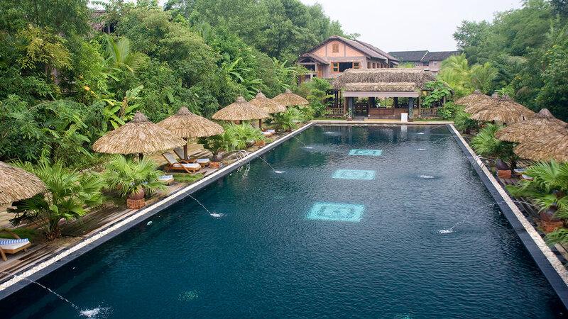 Vietnam-Hue-Pilgrimage Village 8