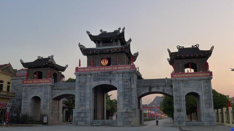 Vietnam-Nin-Binh-Excursie-Hoa-Lu-and-Tam-Coc-3