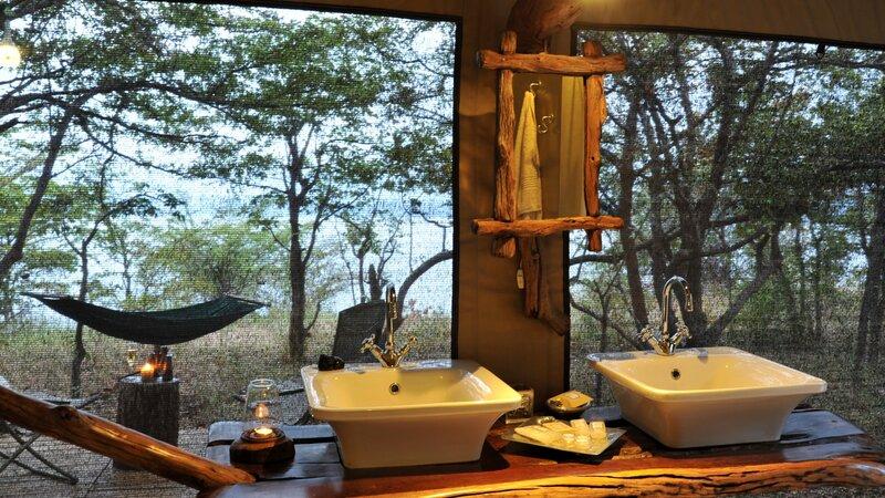 Zimbabwe-Lake Kariba-Changa Safari Camp (10)