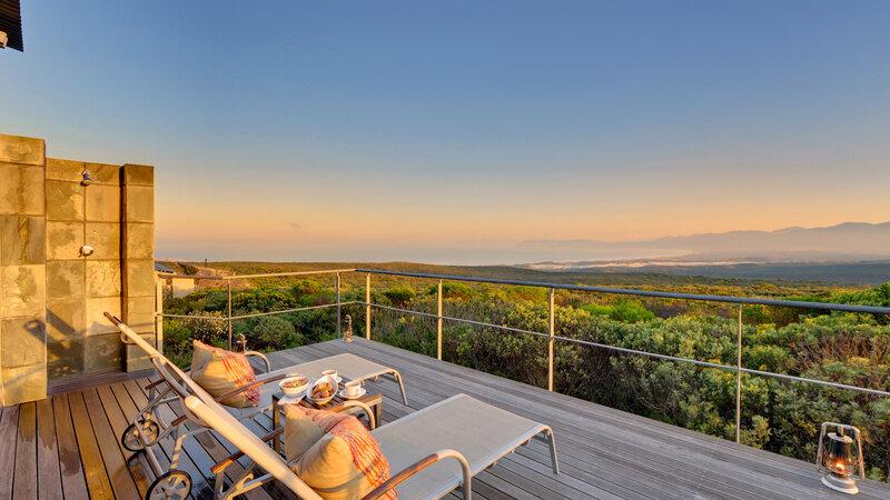 Zuid-Afrika-Rondom-Kaap-Hermanus-hotel-Grootbos-Forest-Lodge-forest-suite-balkon