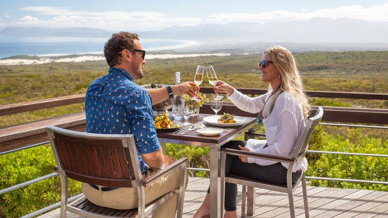 Zuid-Afrika-Rondom-Kaap-Hermanus-hotel-Grootbos-Forest-Lodge-koppel-lunch-2