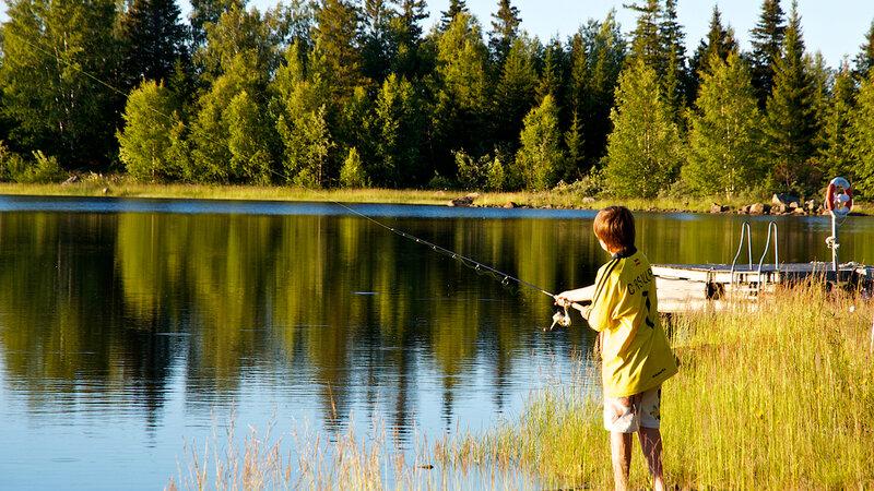Zweden-Lapland-Arctic-Retreat-zomer-vissen
