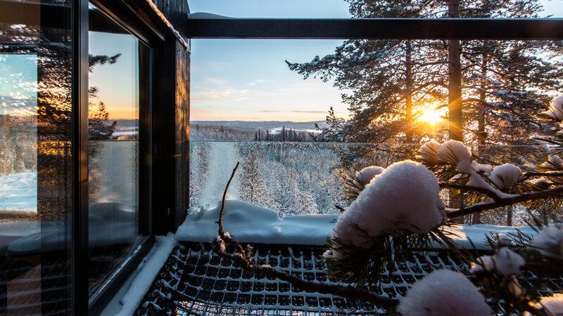 Zweden-Lapland-Harads-treehotel-johan-jansson-7throom-buitenruimte