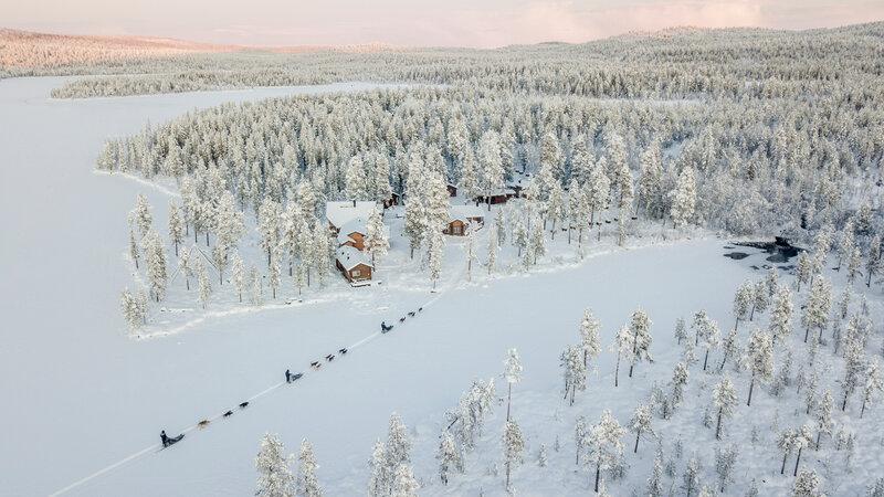 Zweden-Lapland-Kiruna-Fjellborg-Arctic-Lodge-aankomst-huskysafari