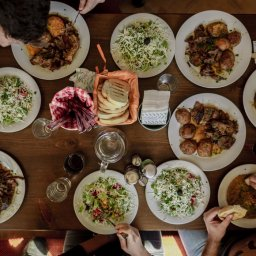 Bulgarije-Zuid-Bulgarije-Melnik-Excursie-Lunch-in-lokaal-restaurant-2