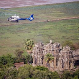 Cambodja-siem-reap-helikopter-angkor-tempel