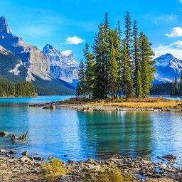 Canada-Maligne Lake, Jasper National Park, Alberta, Canada