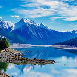 Canada-Medicine Lake National Park, Alberta, Canada