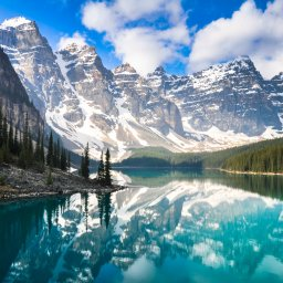 Canada-Rocky mountains-moraine lake