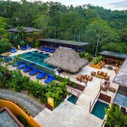 Costa-Rica-Arenal-Hotel-Nayara-Springs-overzicht-2