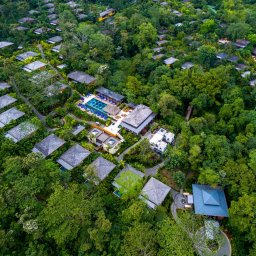 Costa-Rica-Arenal-Hotel-Nayara-Springs-overzicht-3