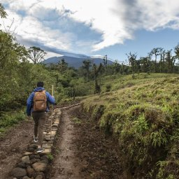 Costa-Rica-Central-Valley-Hotel-El-Silencio-Lodge-wandelen