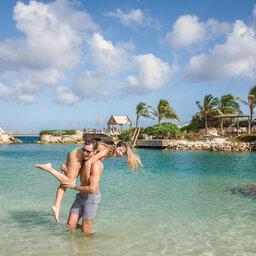Curacao-Hotel-Baoase-koppel-zee