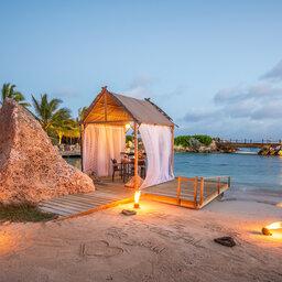 Curacao-Hotel-Baoase-romantisch-diner