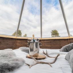 Finland-Lapland-Ivalo-wilderness-hotel-Inari-aurora-cabin-sfeerfoto