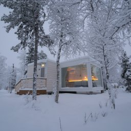 Finland-Lapland-Levi-Kongas-Northern-Lights-Ranch-cabin-buiten