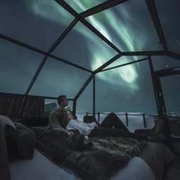 Finland-Lapland-Levi-levin-iglut-golden-crown-igloo-noorderlicht