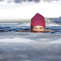 Finland-Zweden-Lapland-Levi-ijszwemmen