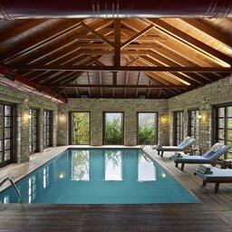 Griekenland-Epirus-Aristi-Mountain-Resort-spa-zwembad