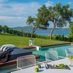 Griekenland-Halkidiki-Avaton-Junior-suite-met-privé-zwembad-2