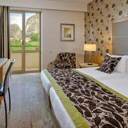 Griekenland-Meteora-Divani-Meteora-Hotel-deluxe-suite