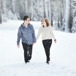 IJsland-couple-picture-snow4