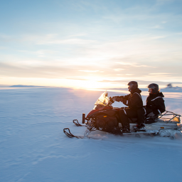IJsland-Excursie-Snowmobile-on-Langjökull-Glacier-2