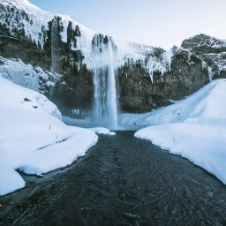 IJsland-winter-Seljalandsfoss