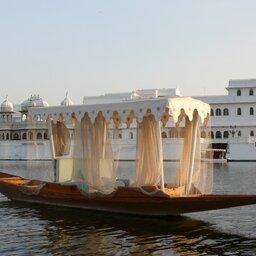 India-Rajasthan-Udaipur witte paleis
