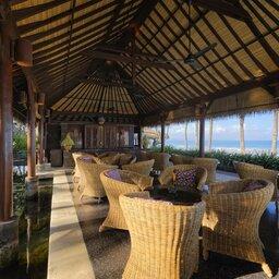 Indonesië-Bali-Seminyak-The-Legian-restaurant