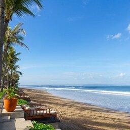 Indonesië-Bali-Seminyak-The-Legian-strand