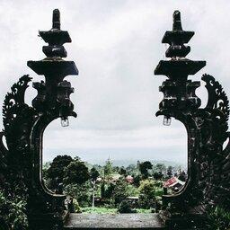 Indonesië-Bali-Zicht op Moedertempel