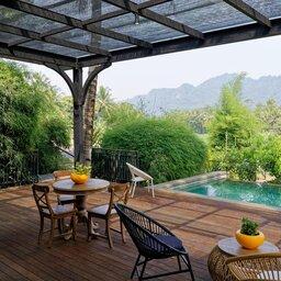 Indonesië-Java-Borobudur-Plataran-Borobudur-kamer-met-zwembad