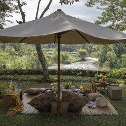 Indonesië-Java-Borobudur-Plataran-Borobudur-picknick-2