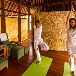 Indonesië-Lombok-Senggigi-Qunci-Villas-yoga
