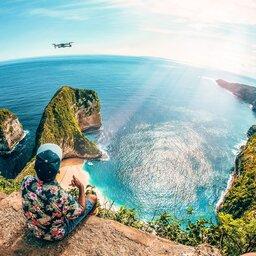Indonesië-Nusa-Penida-Excursie-Kelingking-strand-met-o