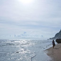 Indonesië-Uluwatu-Alila-Villas-strand