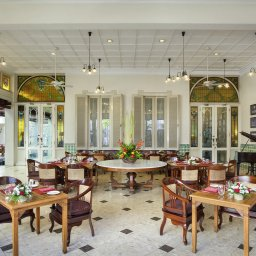 Indonesie-Yogyakarta-The-Phoenix-diner-zaal