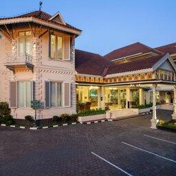 Indonesie-Yogyakarta-The-Phoenix-gevel2