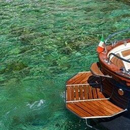 Italië-Amalfi-Excursie-Privéboottocht-rond-Capri-of-Ischia-1