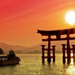 Japan-Miyajima-Hoogtepunt-torii poort1