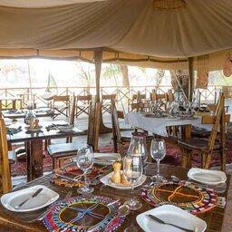 Kenia-Samburu Game Reserve-Elephant Bedroom Camp-restaurant