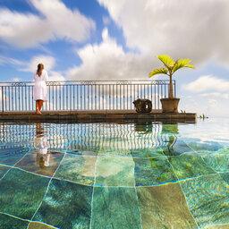 La-Reunion-oostkust-Diana-Dea-Lodge-infinity-zwembad