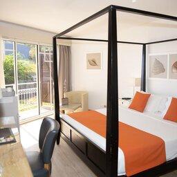 La-Reunion-westkust-Boucan-Canot-Hotel-deluxe-kamer