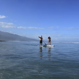 La-Reunion-westkust-excursie-watersport-paddle-CREDIT-IRT-stephane-fournet