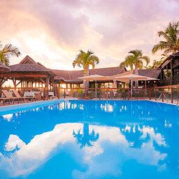 La-Reunion-westkust-iloha-seaview-hotel-hoofdzwembad
