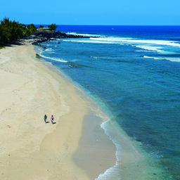 La-Reunion-westkust-lagoon-strand-boucan-canot-CREDIT-IRT-serge-gelabert