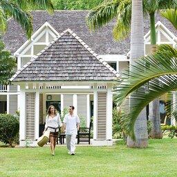 La-Reunion-westkust-Lux-Saint-Gilles-sfeerfoto-koppel